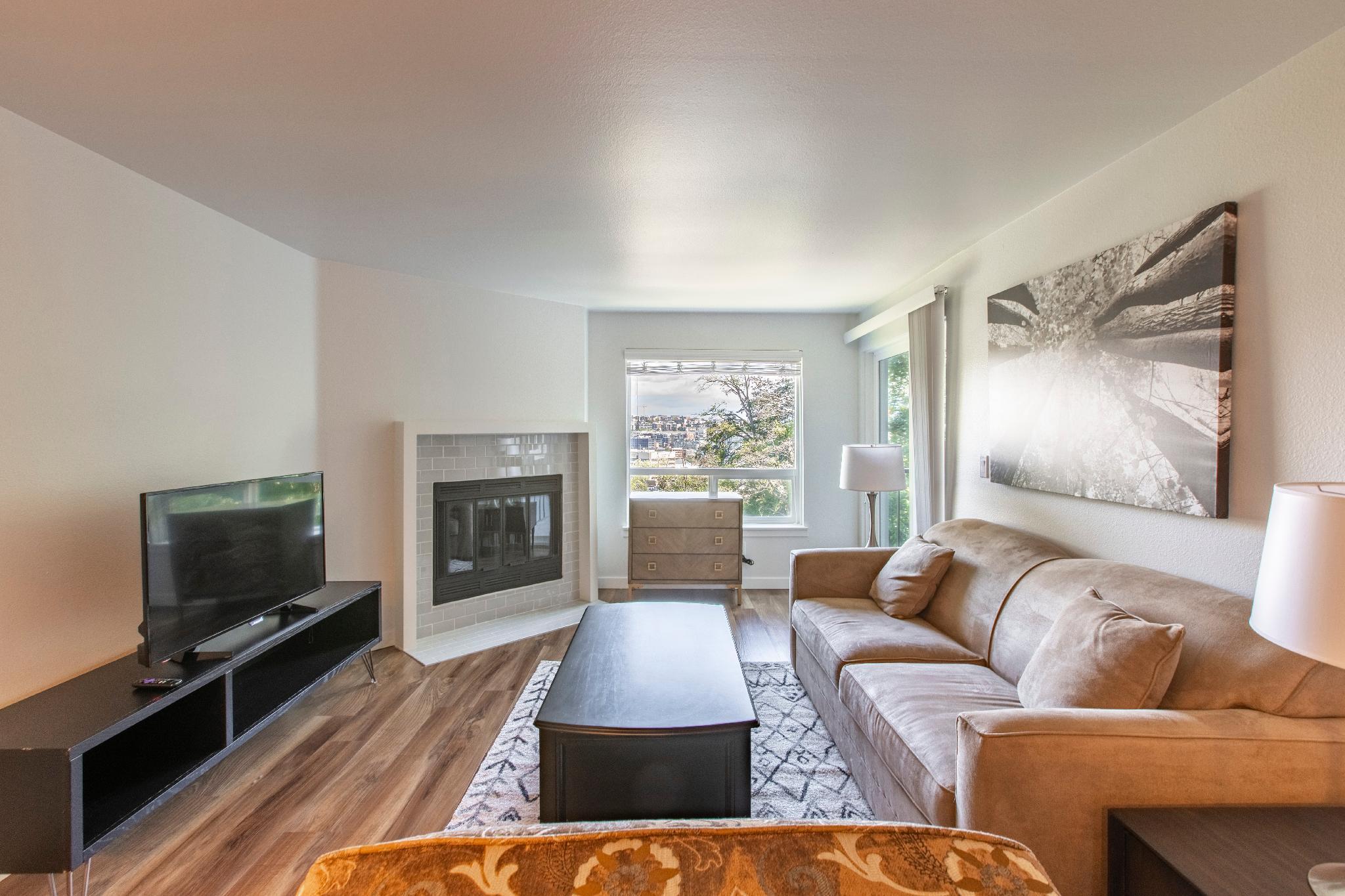 Eden 202· SoBe Westlake Apartments 2 Bedroom