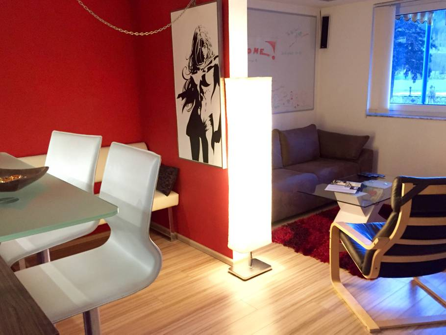 Modern Apartment,nice Kitchen,Amazon FireTV