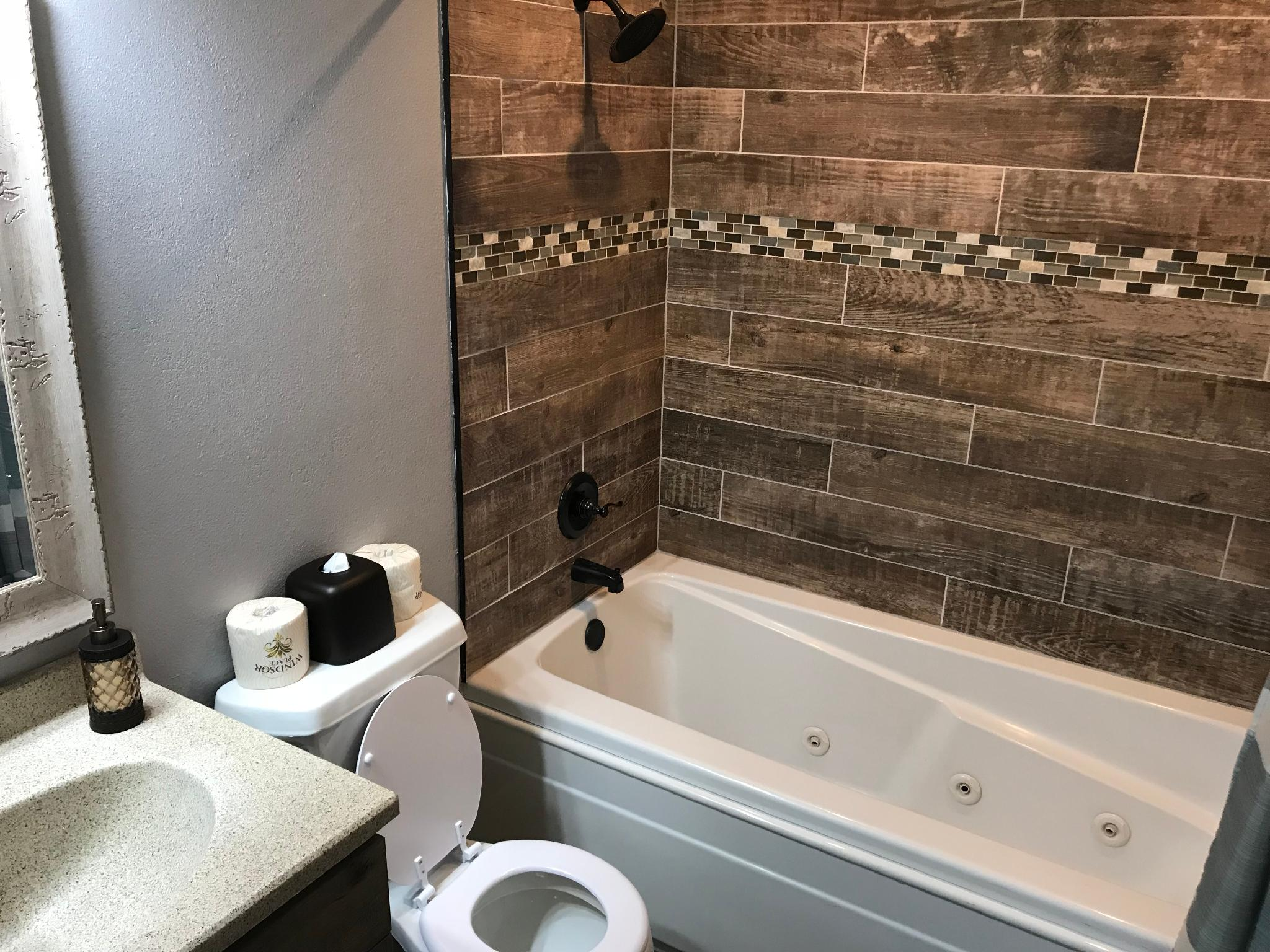 2 Bedroom Penthouse Condo, Near the Strip, 1000 Hills Golf View: Sleeps 8 : Club A-12