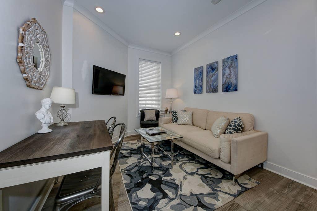 Suite 2 · DuPont Circle/Kalorama Luxury Apartment Suite 2