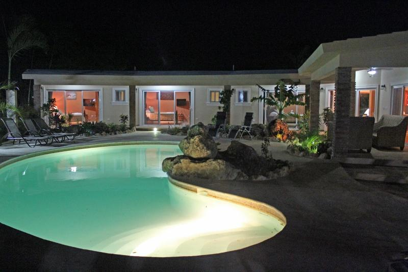 Private and secure villa with lots amenities