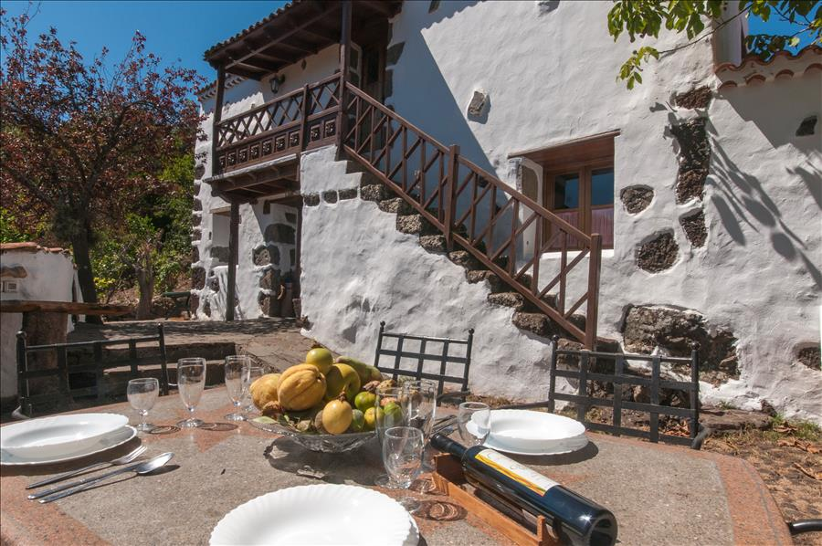 Holiday cottage with private pool in Valleseco_0041