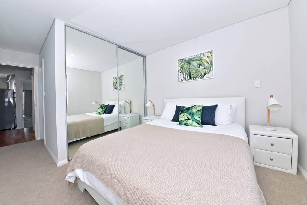 Stylish Apartment near Perth city & Airport: 2270