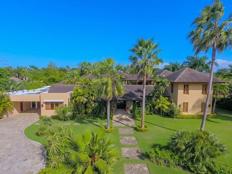 Villa Moderne Luxury Caribbean Villa Rental
