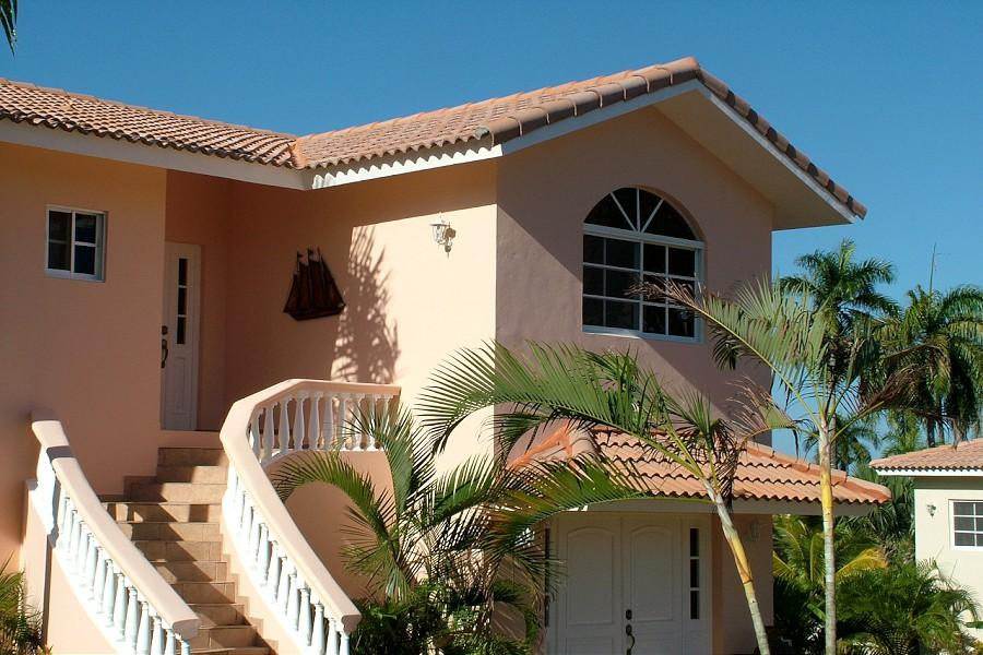 Confortable 4 bedroom with lots of beds for large famil