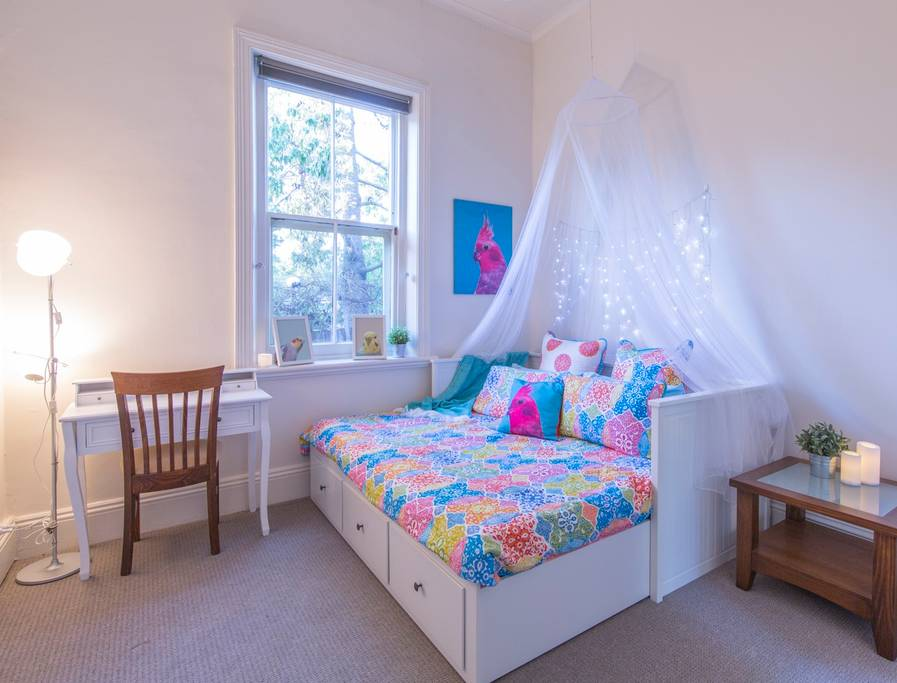 Character charm, 4km from CBD, direct bus ADL OVAL