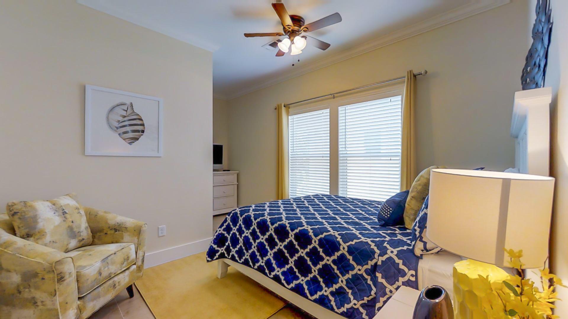 Queen Bed Room Bedroom 3