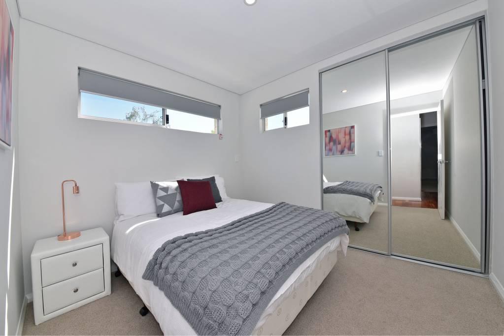 Modern Apartment near Perth City & airport ID:2240
