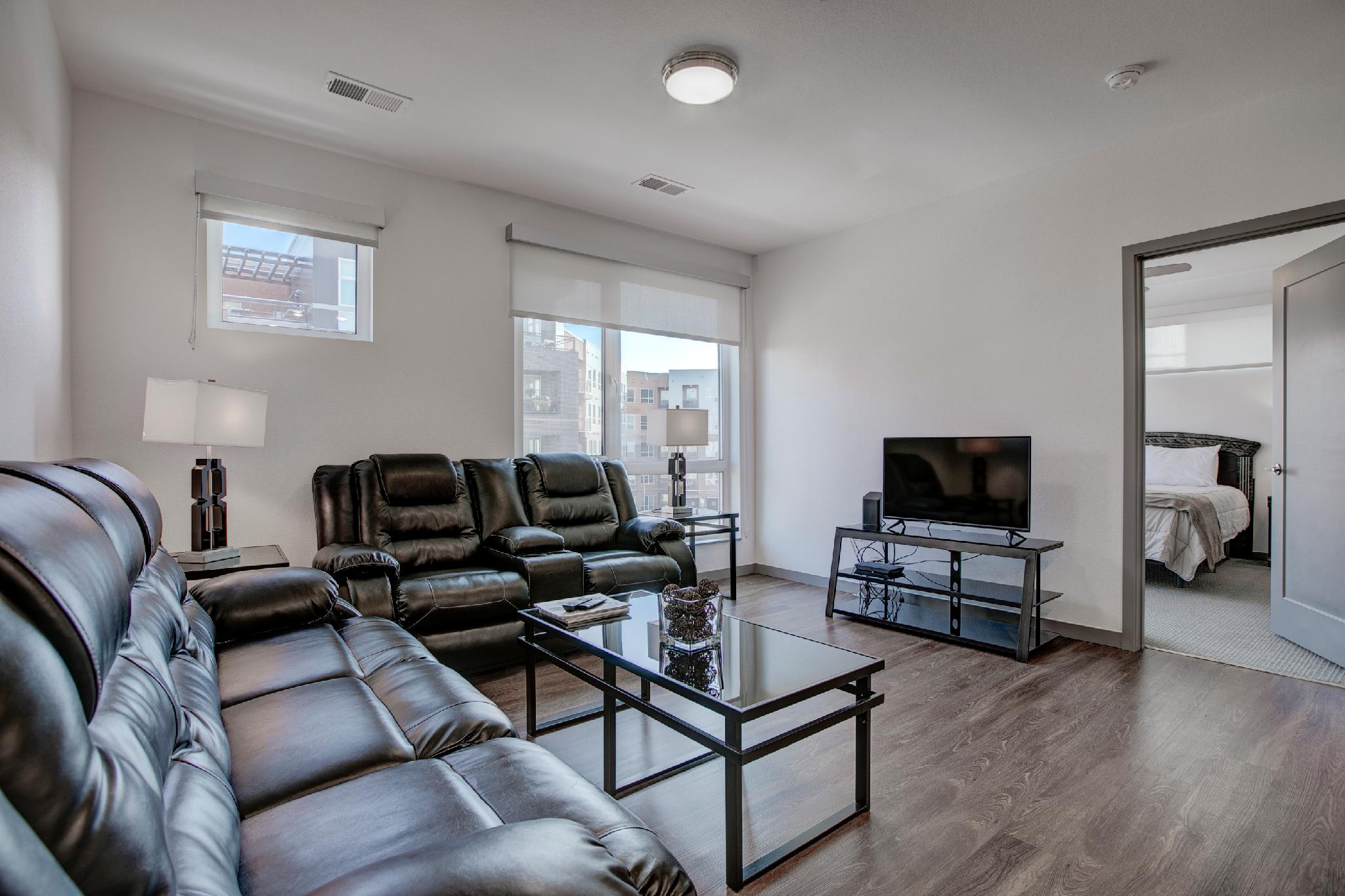 Little Raven 421 · SoBe South River Apartments 2 Bedroom Lux