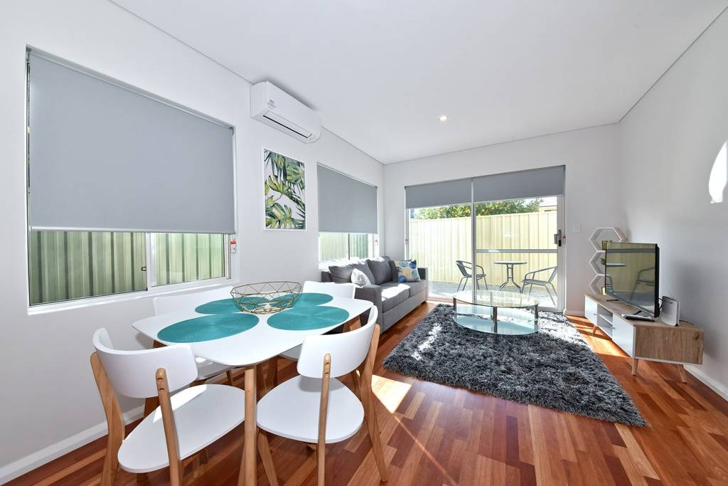 Homely Apartment Close to Perth Airport & CBD:2230
