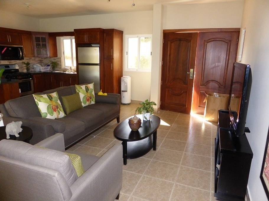 Nice 2 bedroom with TV in every room