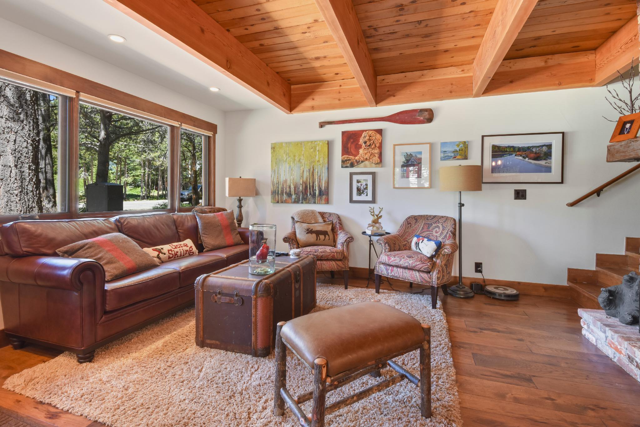 NEW LISTING!!Modern and Cozy Lake Tahoe Cabin
