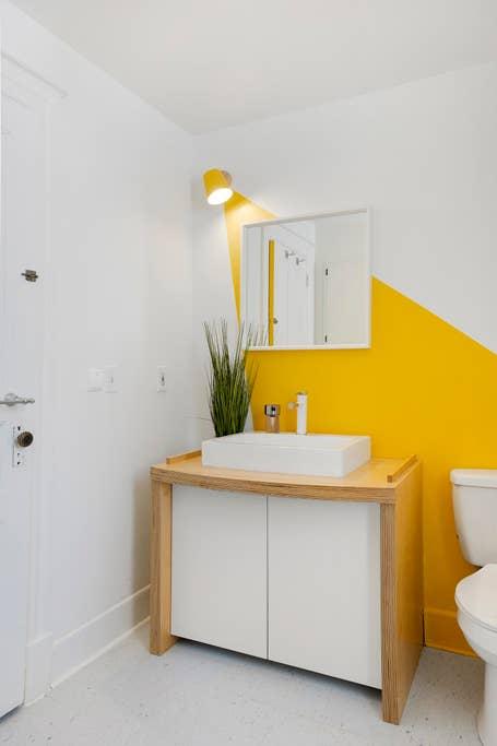 Whole Home-Fresh and Vibrant☆Bikes☆Spa Shower+Pkg