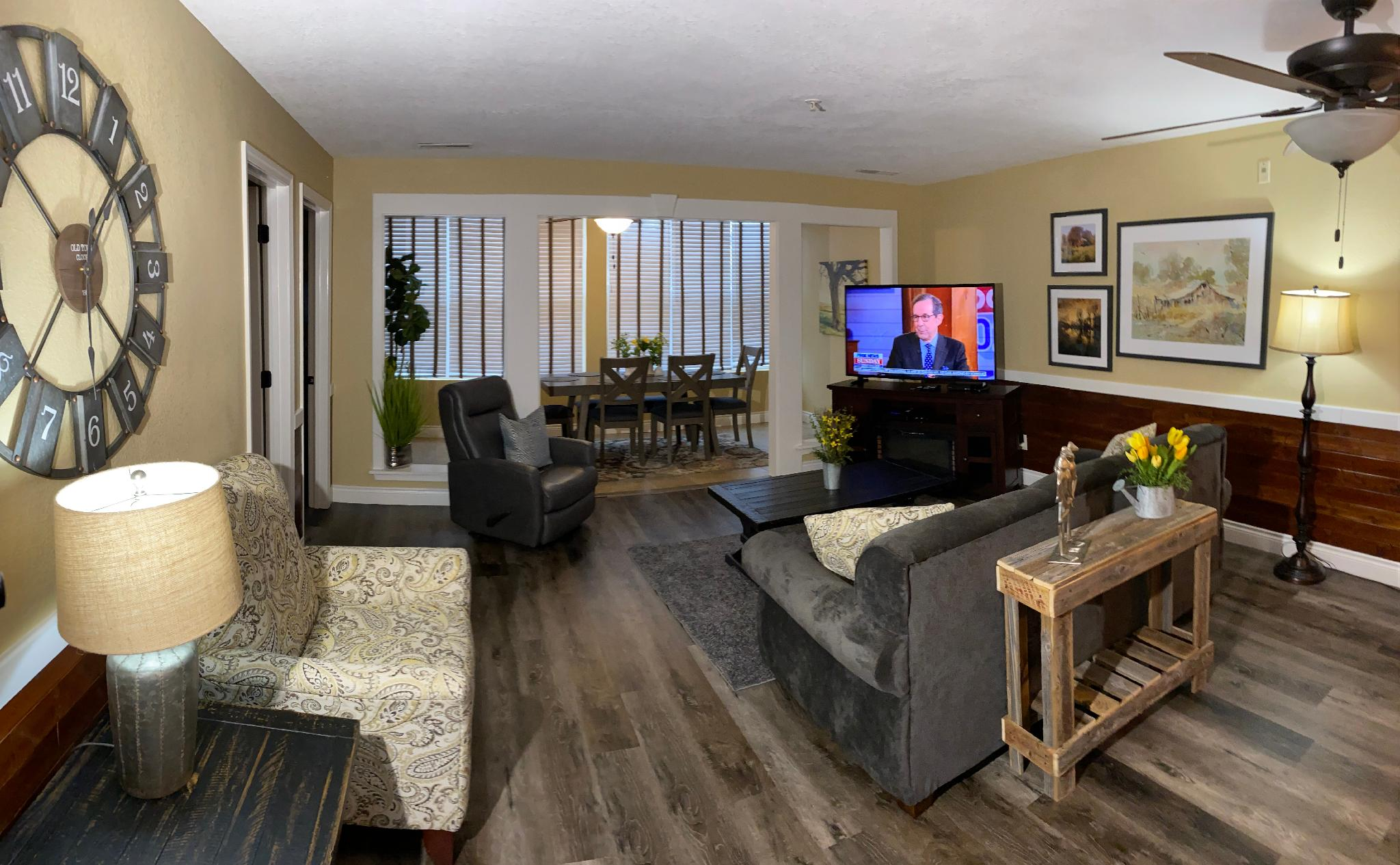 2 Bedroom Walk In Condo, Near the Strip, 1000 Hills Golf View, Sleeps 8:Club C-7