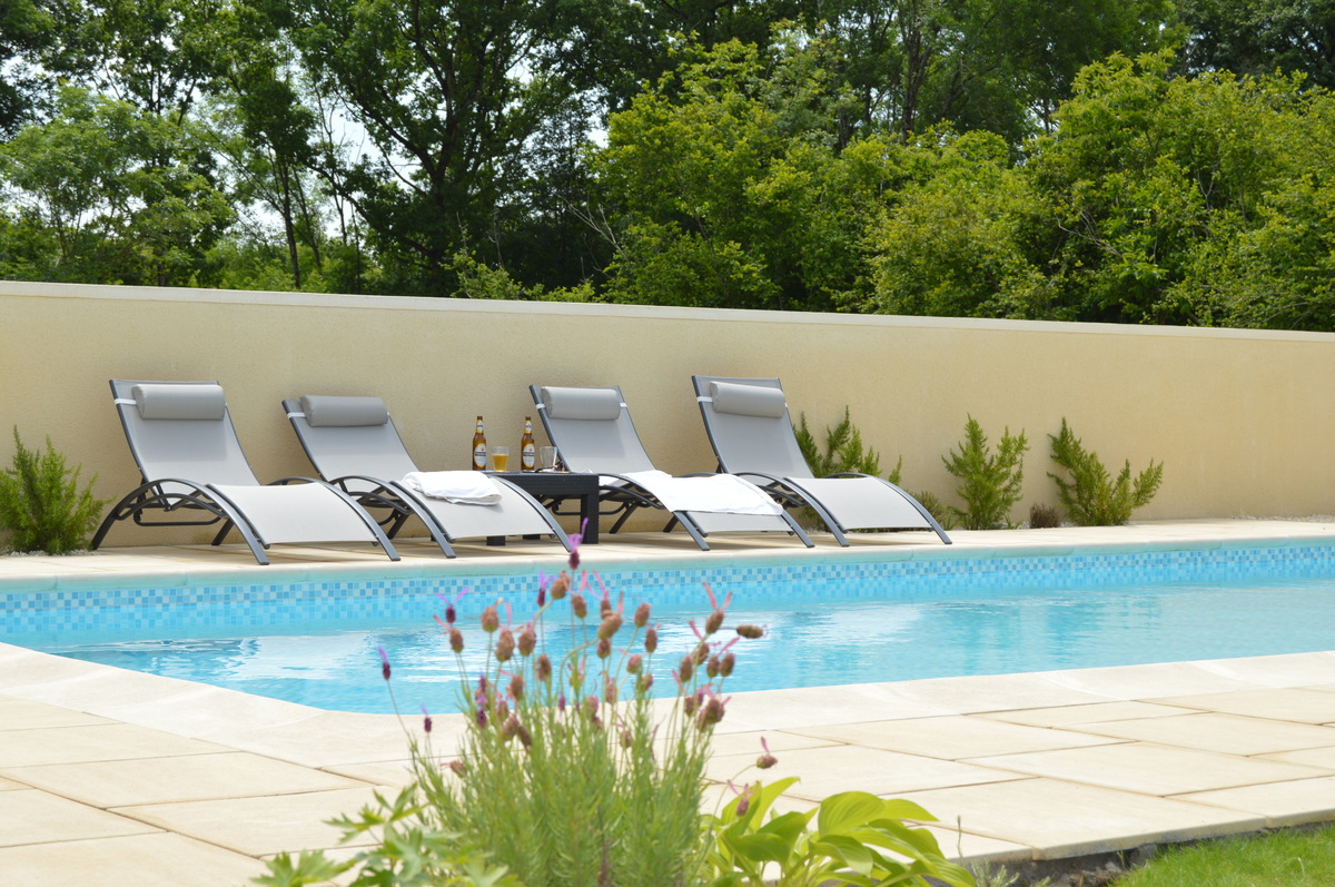 luxury Vendee villa with heated pool
