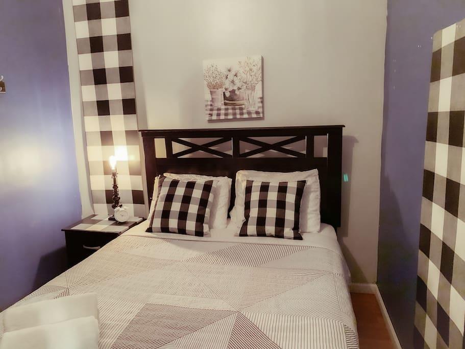 Wicker Park (4 Bedroom)