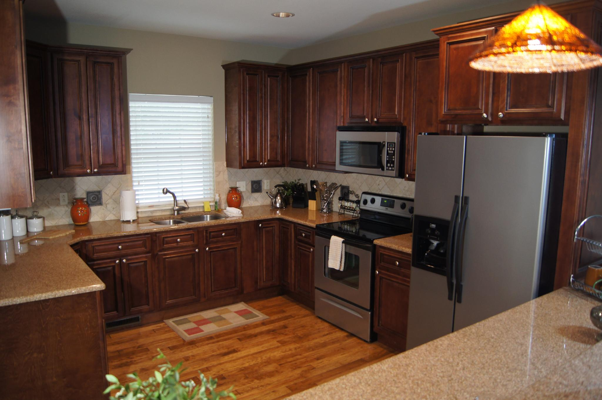 Large, Walk in,  2600 sq ft Private Villa. Huge Deck, 5 TV's , WIFI, Pool, Tennis : BH Villa 112
