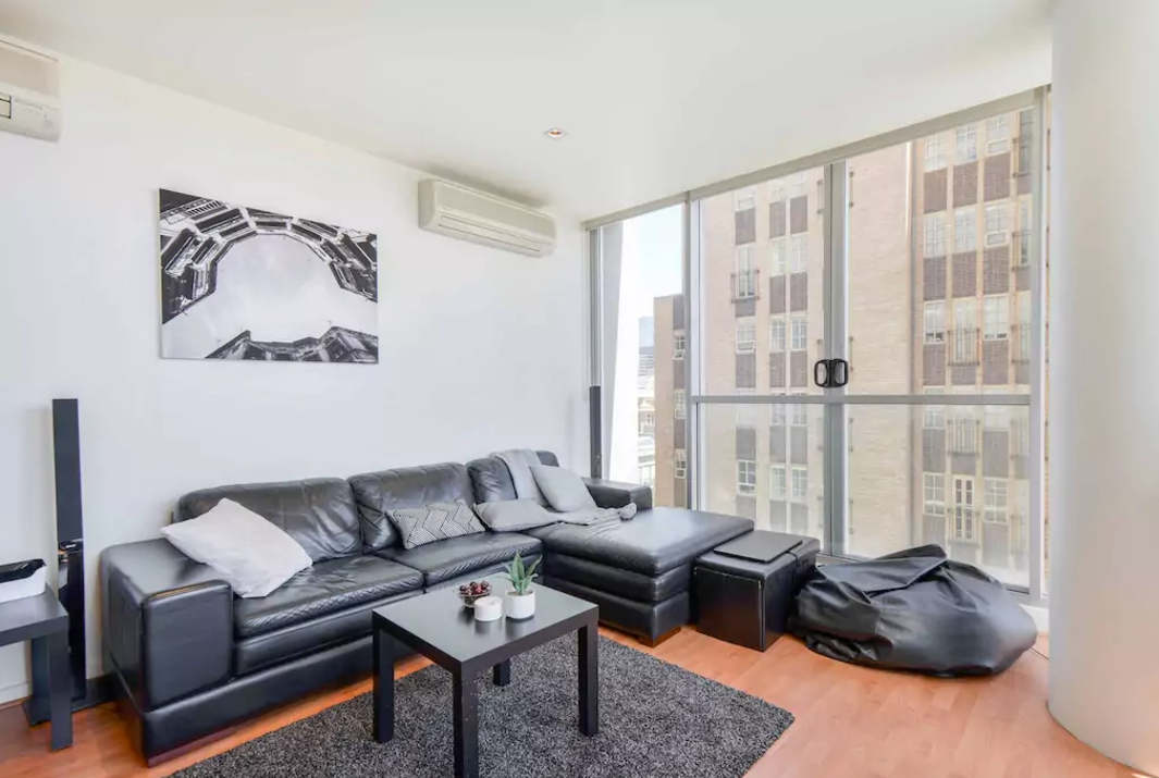 *CORNER VIEW* Ensuite Lux in Heart of Melbourne!