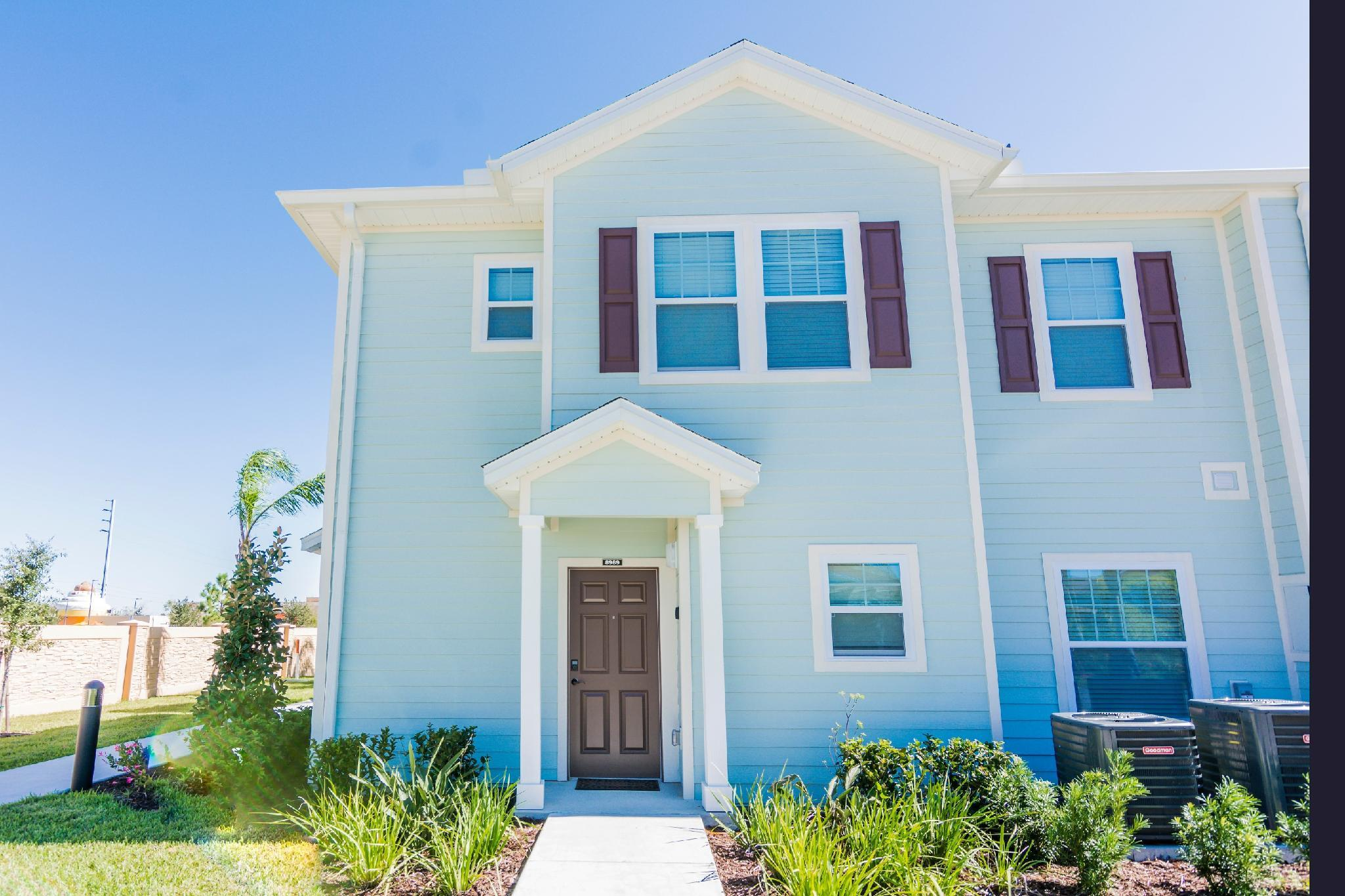 Beautiful 4BD house in Gated Community - 7 min from Dis
