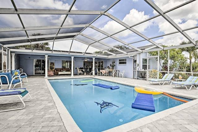 900 Silver Palm Way | S22 | 14 BDS | 6 BDR | Peter