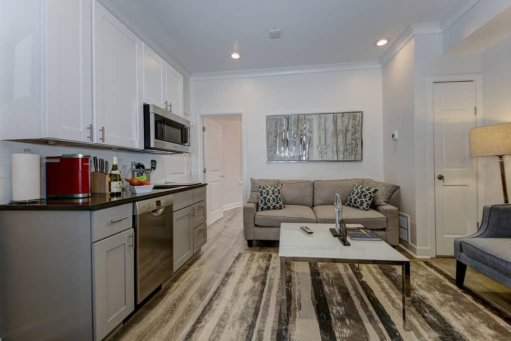 Suite 3 · DuPont Circle/Kalorama Luxury Apartment Suite 3